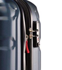 Какой чемодан выбрать пластиковый или тканевый