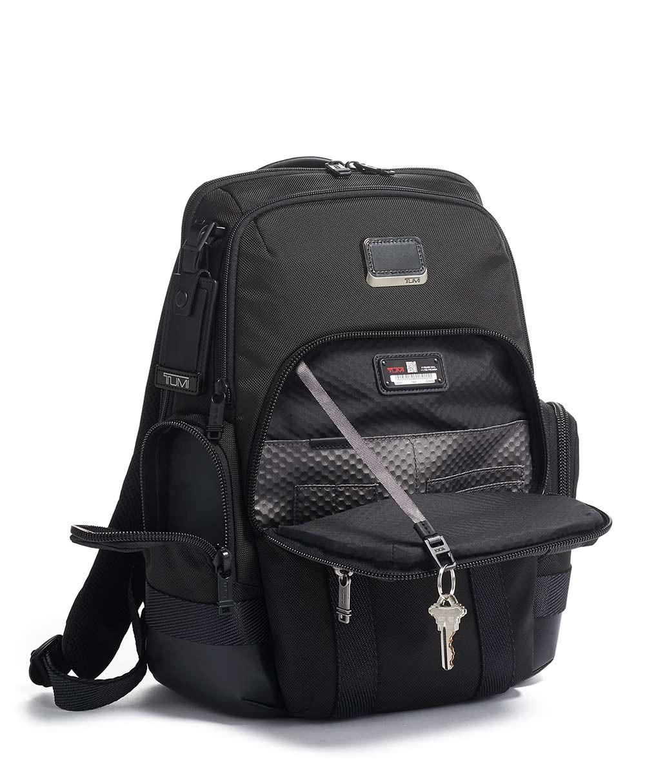 Обзор лучших моделей рюкзаков Tumi