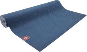 Лучшие нескользящие дорожные коврики для йоги