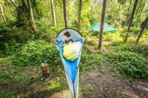 Лучшие туристические подвесные палатки на дереве