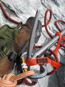 Как правильно выбрать ледоруб альпиниста?